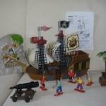 Bateau pirates et accessoires BERCHET - palette de solderie